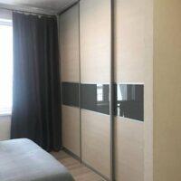 Встроенный шкаф купе в спальню №1