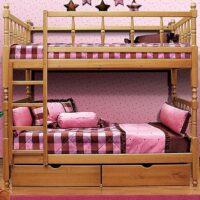 Кровать 2-х ярусная фигурная с матрасами